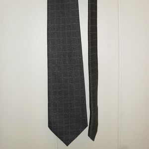 Calvin Klein Gray and White Neck Tie